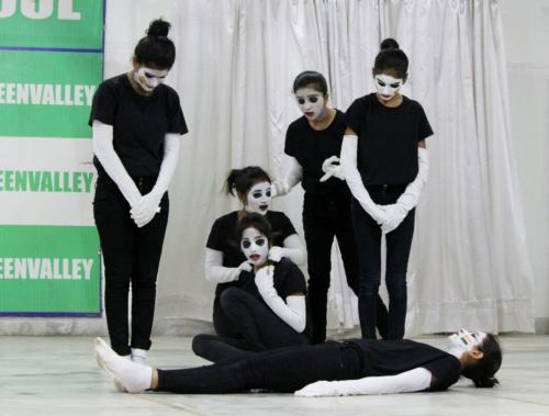 Mime show finals for grades 8th and 9th